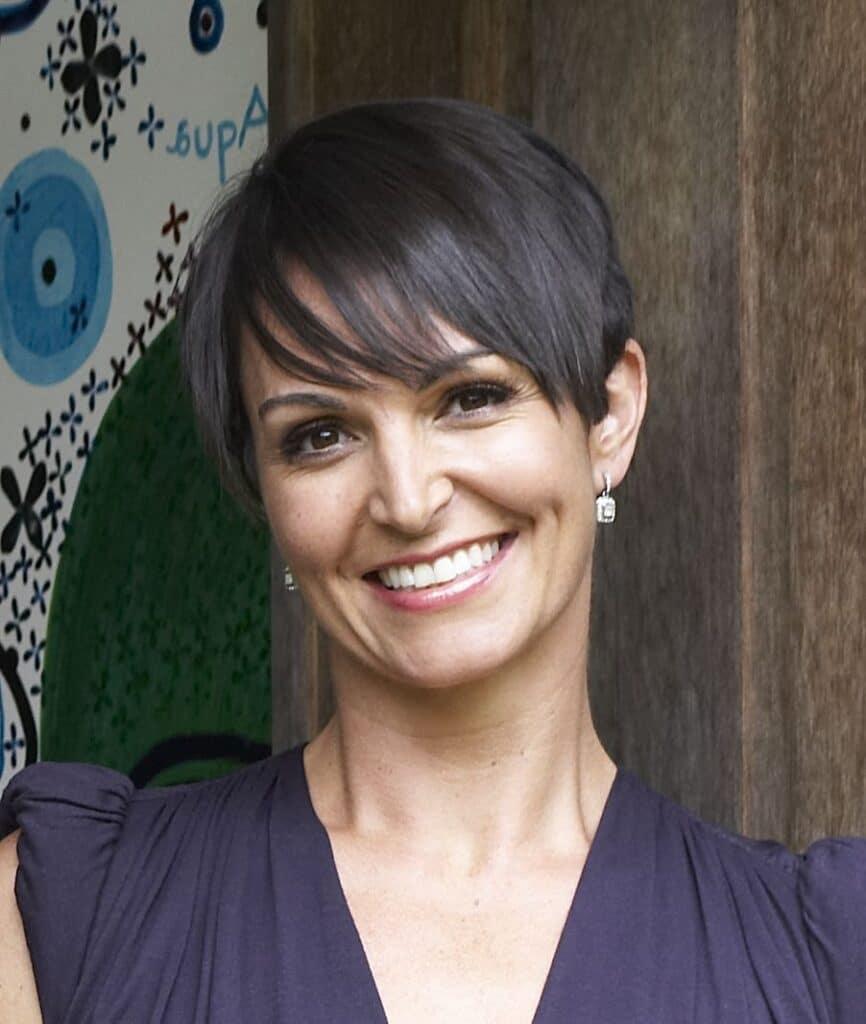 Dr Joanna McMillan